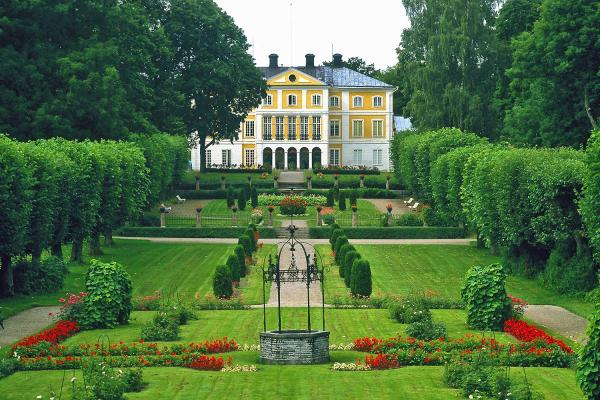 Visit beautiful manor houses and castles in Sormland, Sweden